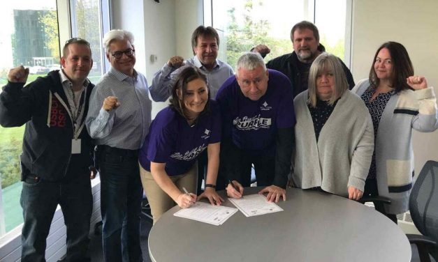 The Ontario School Boards Bargaining Council and the Ontario Council of Hospital Unions/CUPE sign Solidarity Pact
